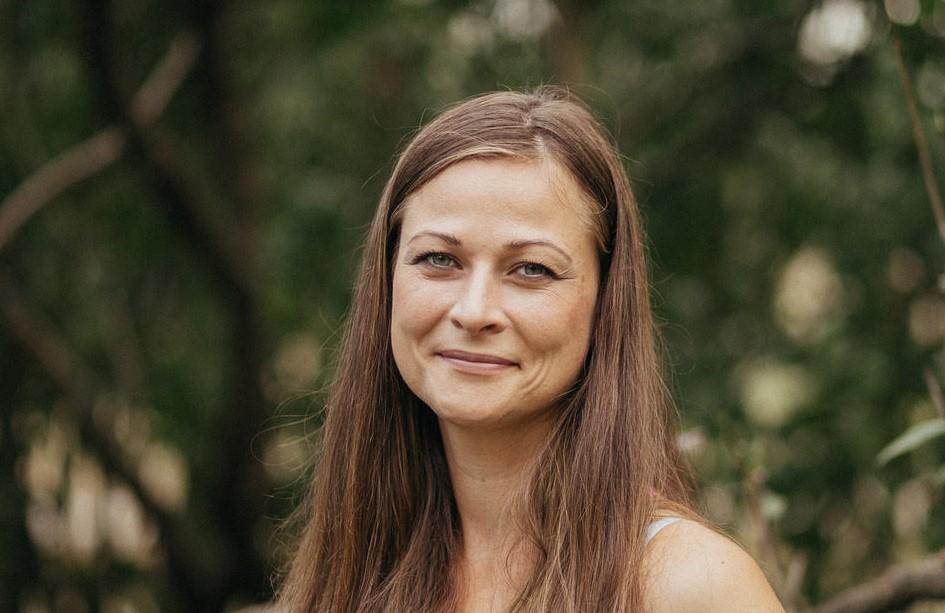 Monika Valová: vše o ženské bylinné napářce
